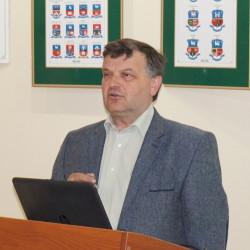 16 ŐRHÍDI LÁSZLÓ, Terra Dei-Kárpátaljai Mezőgazdasági Szaktanácsadó Központ igazgató-helyettese - A családi vállalkozások szerepe (vetített képes előadás)